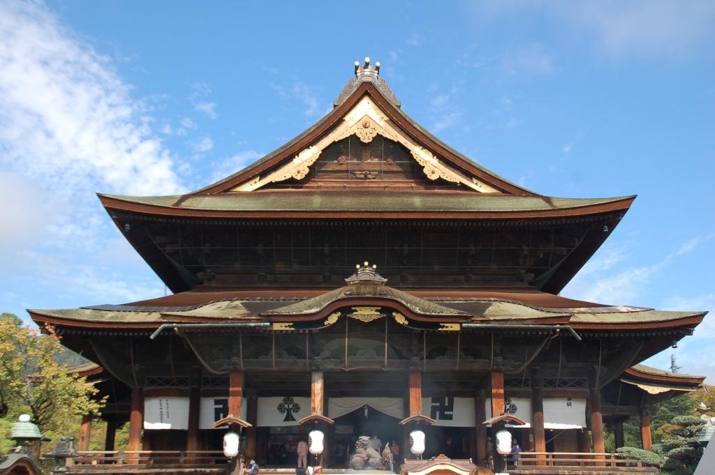 善光寺の本堂