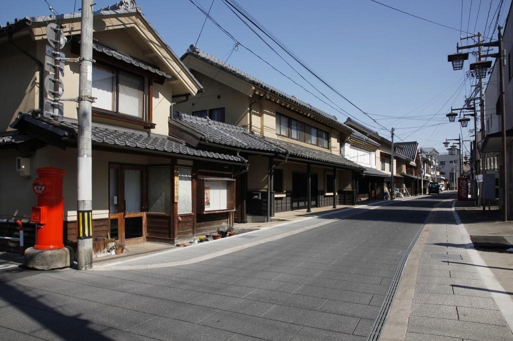 02 須坂蔵の町並み(ヨコ)